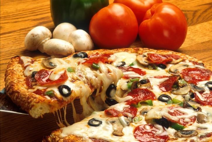 https://dynabyte.kattis.com/problemimage?problem=pizza&img=/en/img-0001.jpg